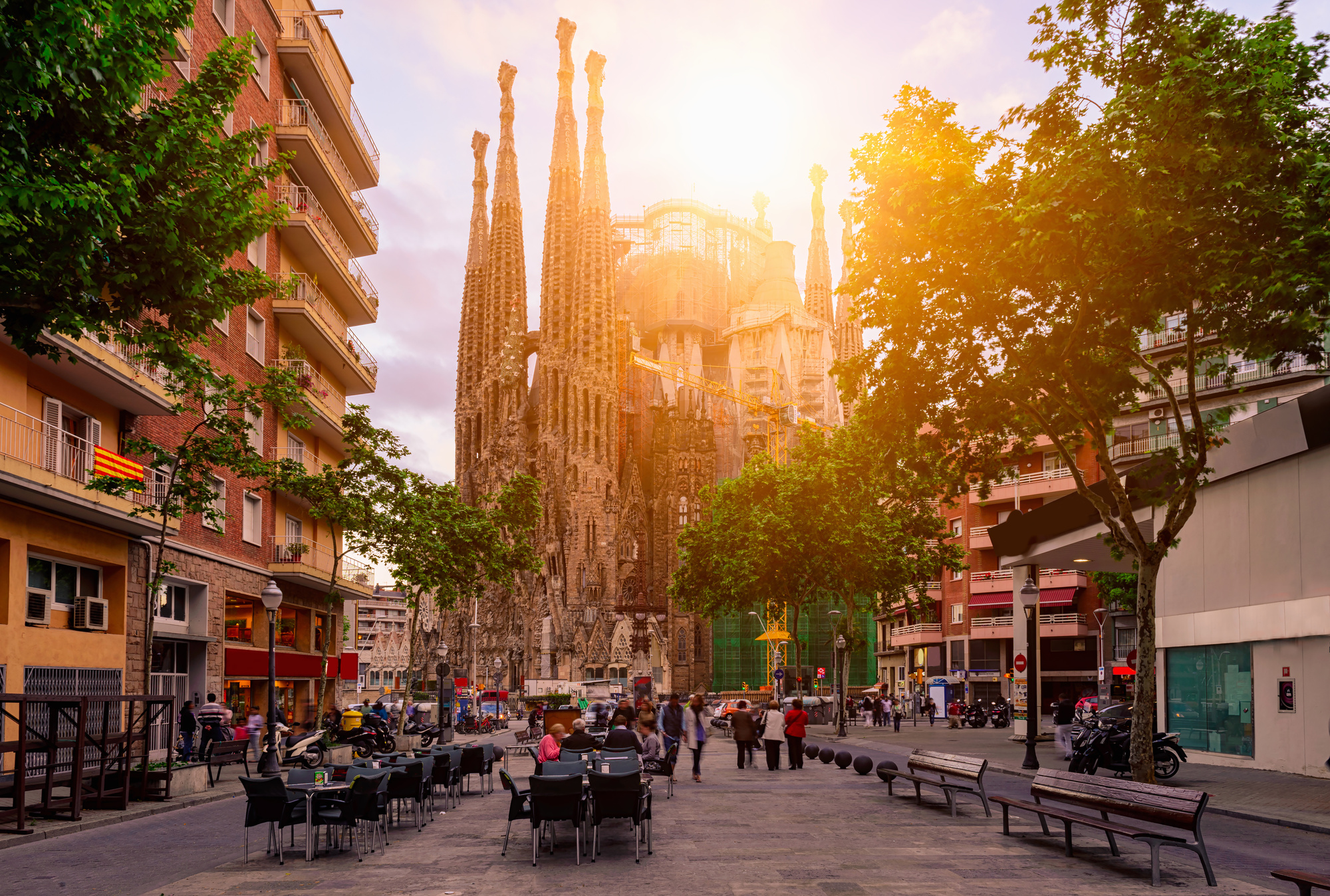 the 10 best things to do in barcelona spain
