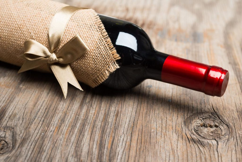 How to Select Wine as a Gift