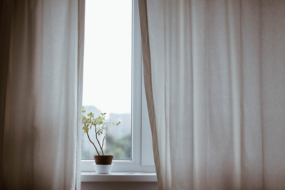Curtains that Make Your Room Quieter and Reduce Noise Made Possible