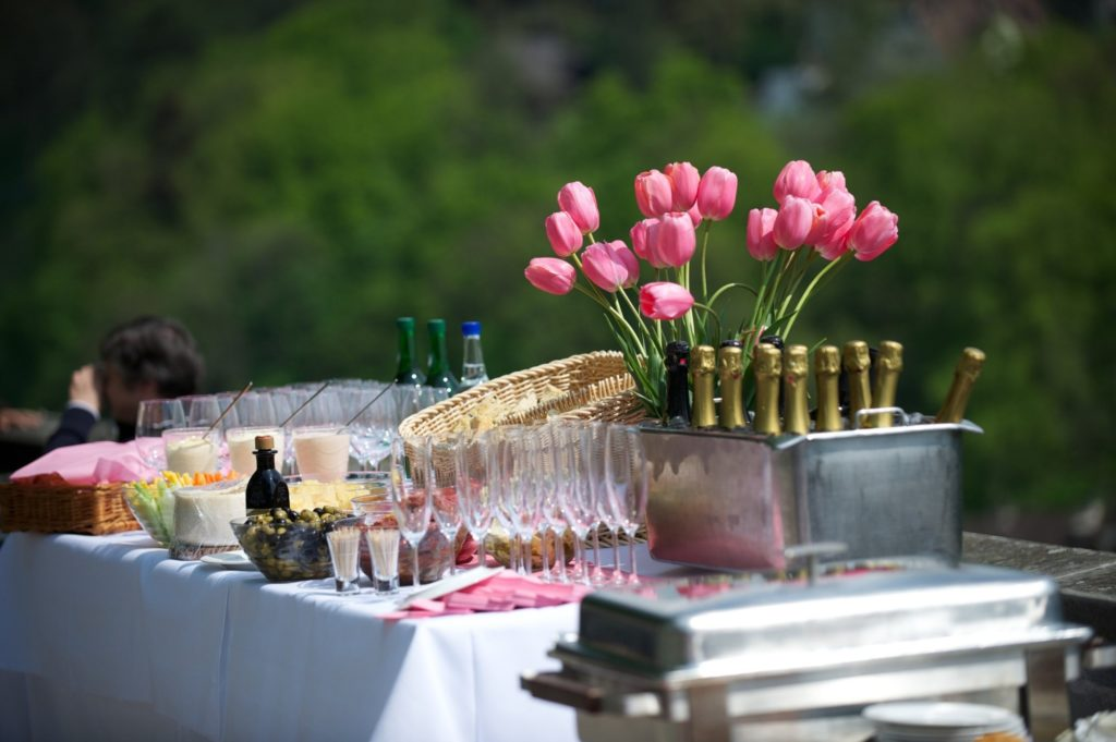 Planning an Event to Remember: 5 Types of Outdoor Event Venues
