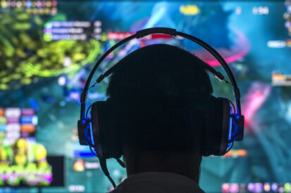 How to Become a Professional Gamer: The Ultimate Guide
