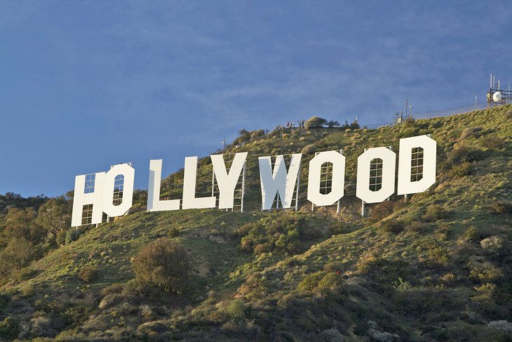 Why Visiting Hollywood is Not as Glamorous as it Seems?
