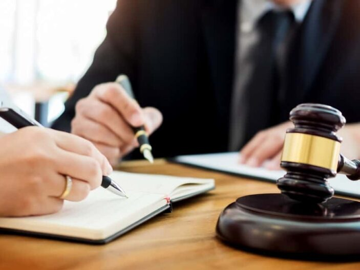 Things to Consider When Choosing an Attorney