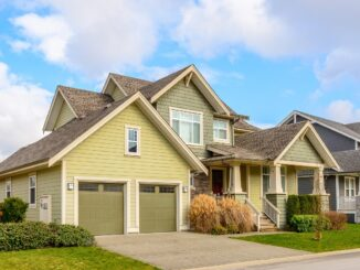 Simple Tasks to Improve Your Home's Curb Appeal